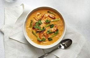 Kókuszos currys garnélarák tésztával